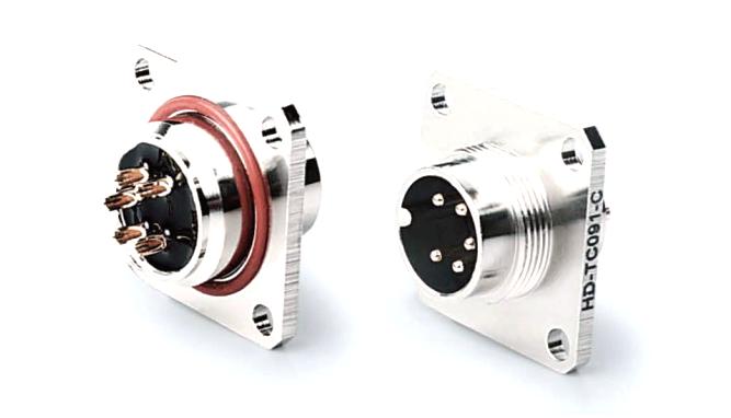 AISG航空插座公座焊线 产品编号:KYF16J口Z-F26-20-Q (备注:口表示芯数,根据实际需要填写) 详细介绍:AISG圆形连接器是通信行业广泛采用的一系列连接器。芯数为8芯及以内,有压线式和焊线式、焊板式三种端接方式,外壳材质有铜、锌合金两种可供选择,防水等级IP67,主要用于电调天线。我司生产的此系列产品符合AISG标准,可以国内外同类产品互换。